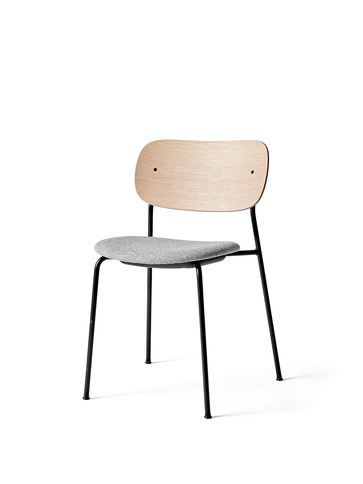 1166039 Co Dining Chair Natural Oak Hallingdal 65   130 angle
