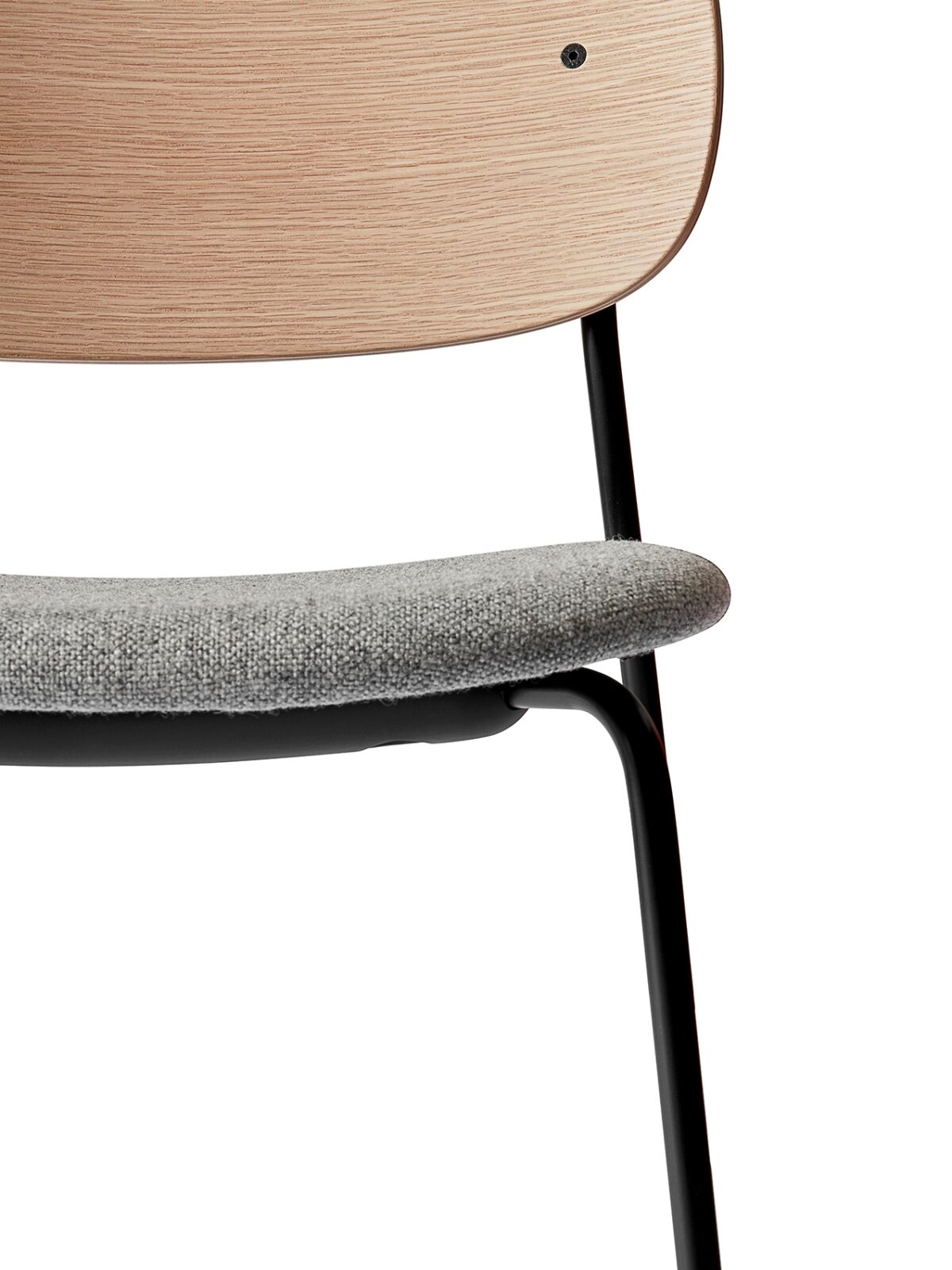 1166039 Co Dining Chair Natural Oak Hallingdal 65   130 detail