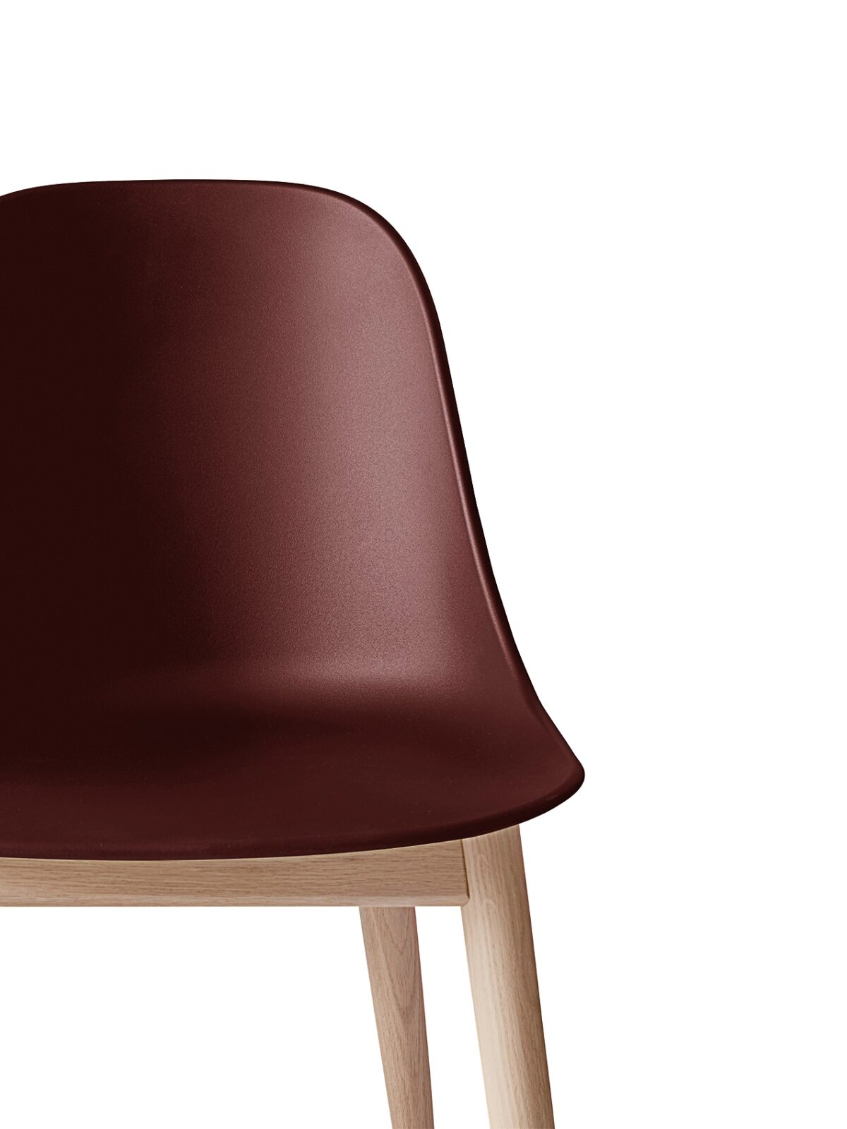 9270349 Harbour Side Chair BurnedRed NaturalOak CloseUp