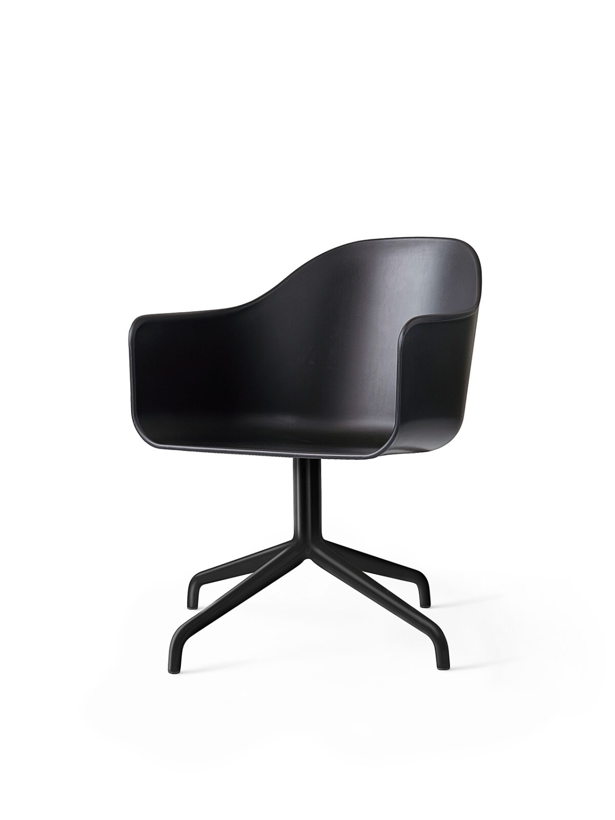 9375539 Harbour Chair Swivel Black Black Angle