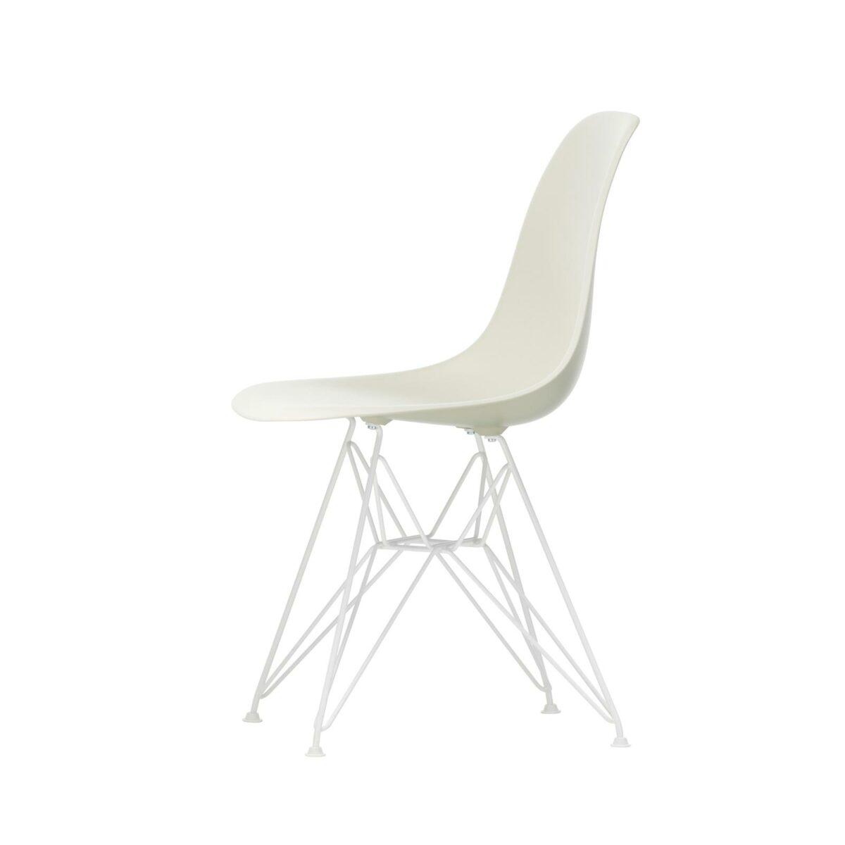 3034940 Eames Plastic Side Chair DSR 11 pebble 04 white powder coated left master