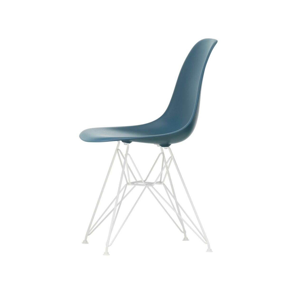 3034984 Eames Plastic Side Chair DSR 83 sea blue 04 white powder coated left master
